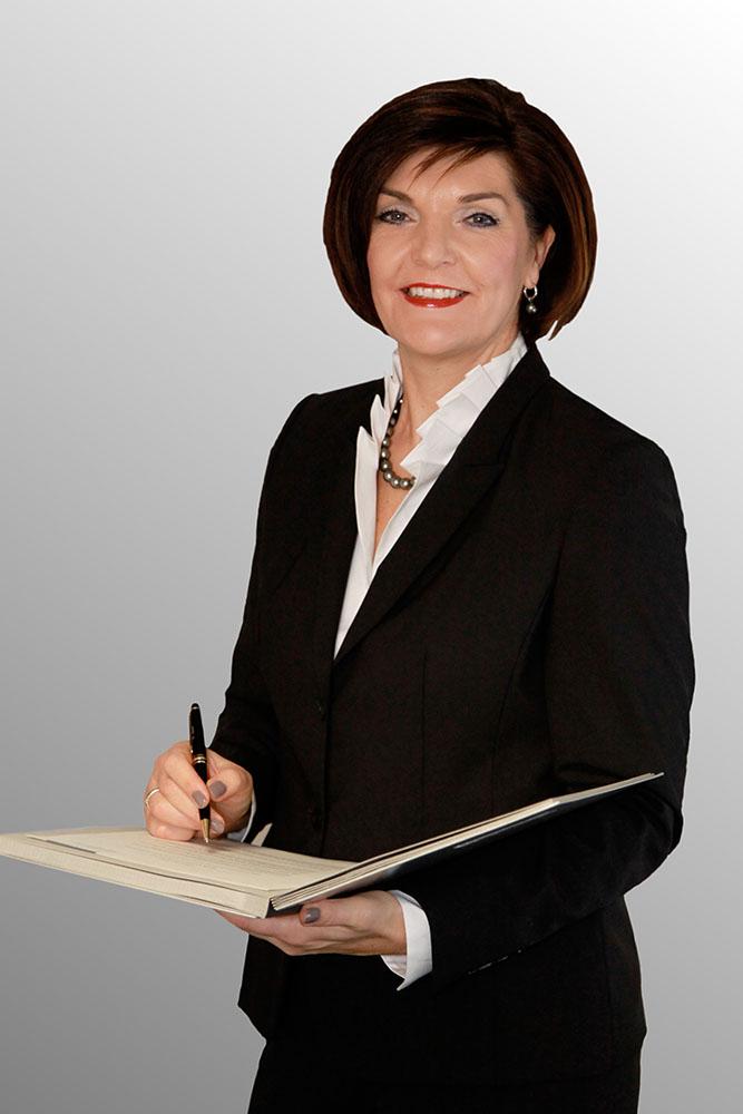 Ulrike Epple